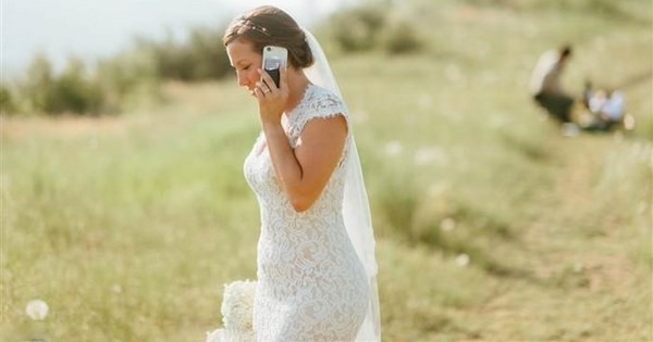marriage rattlesnake photoshoot wedding snake dating - 850181
