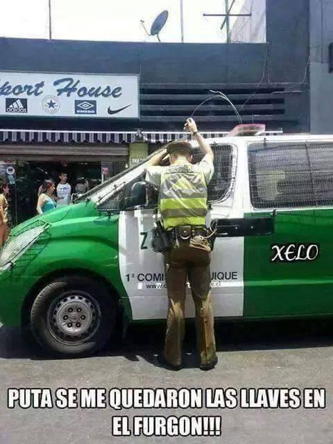 policia en apuros