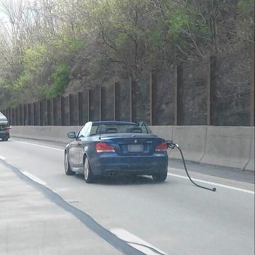 funny-fail-pic-car-gas-pump