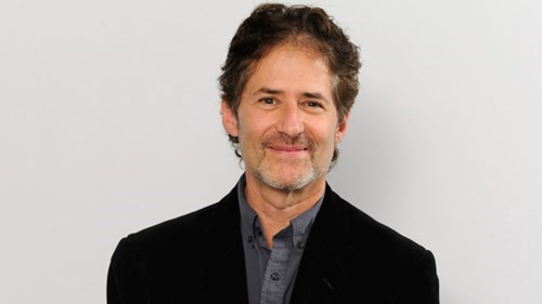 James Horner Titanic composer dies in plane crash.