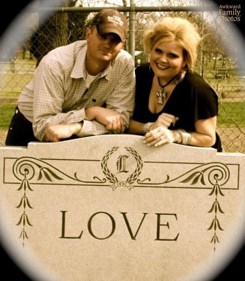 creepy, love, cemetery, couple