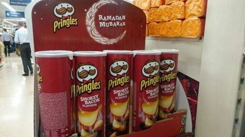 pringles display bacon during ramadan