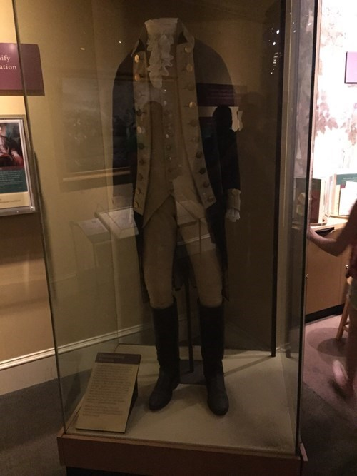 americana-actual-uniform-worn-george-washington-greatest-patriot-history-ever