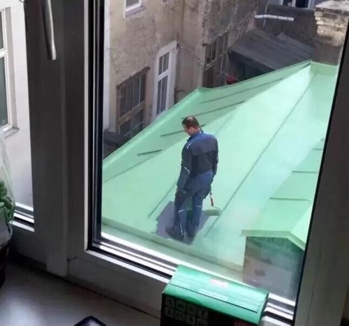roof painter paints himself into a corner fail