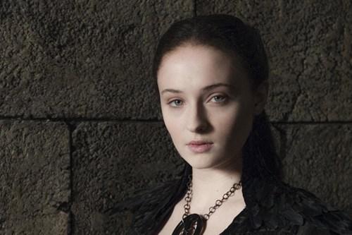 Game of thrones memes season 5 Sophie Turner talks about Sansa's wedding night.