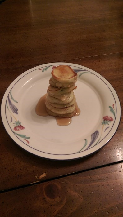 dating-fails-girlfriend-was-mad-last-night-but-still-made-pancakes-this-morning