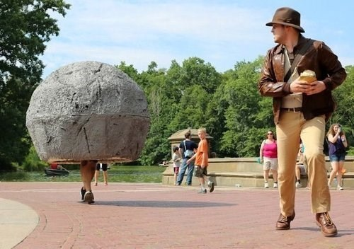 trolling-indiana-jones-greatest-cosplay