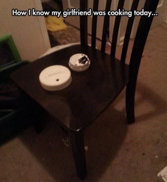 dating-fails-her-cookings-on-fire