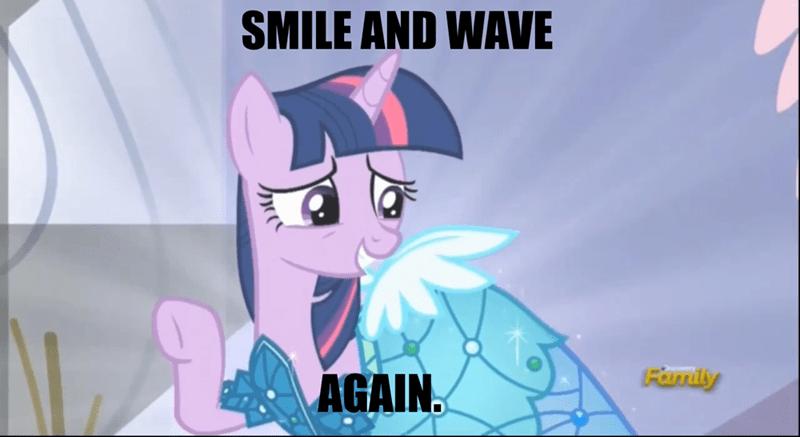 twilight sparkle princess dress smile and wave - 8564182016