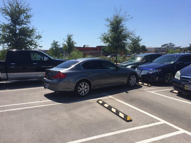FAIL cars driving parking - 8564291072