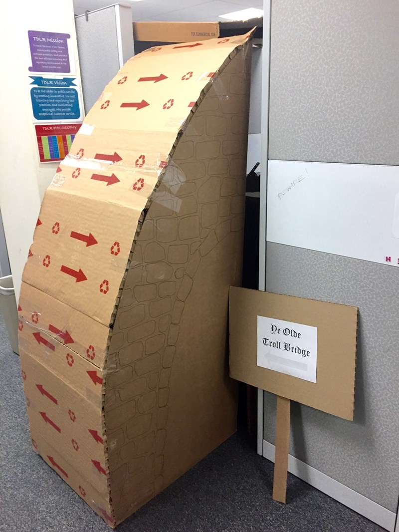 decorations Office troll prank - 8565695232