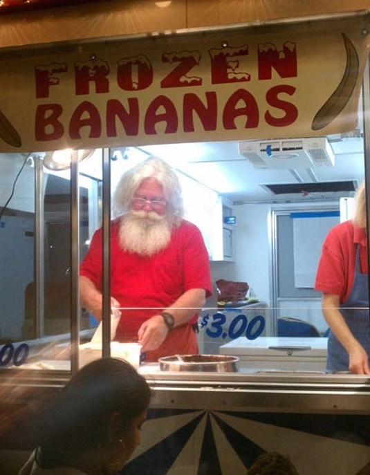 You know when times are rough when Santa has to work two jobs!