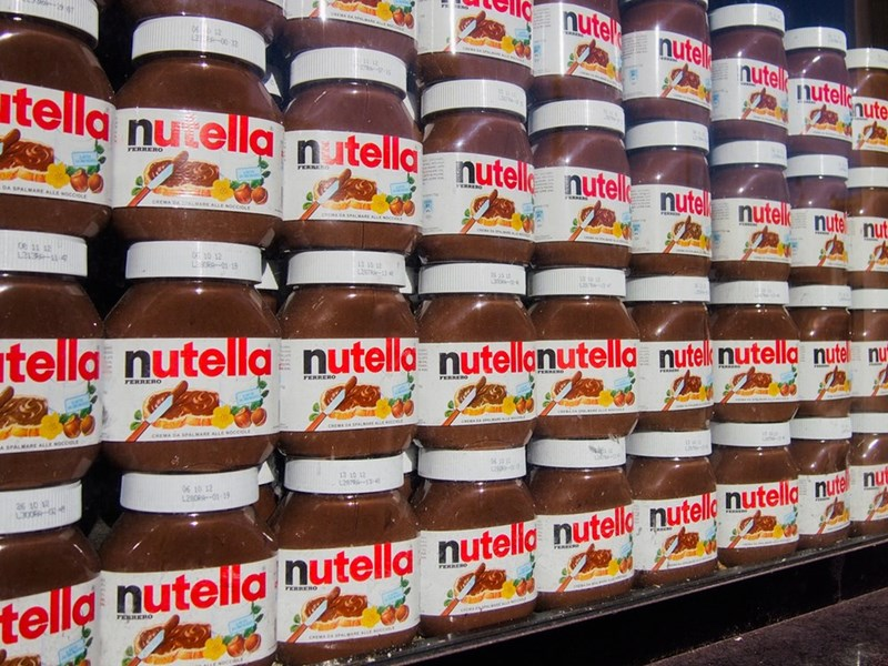 Mean guy punches an elderly man over Nutella at Costco.