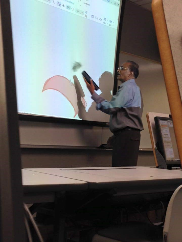school-fails-when-your-professor-doesnt-even-know-how-to-white-board