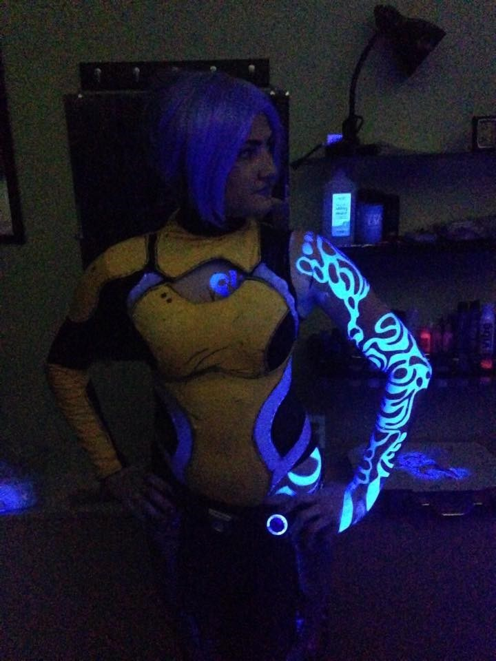 Borderlands 2 Maya Cosplay - GLOWING Siren Tattoo