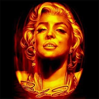 pumpkin carving Marilyn Monroe