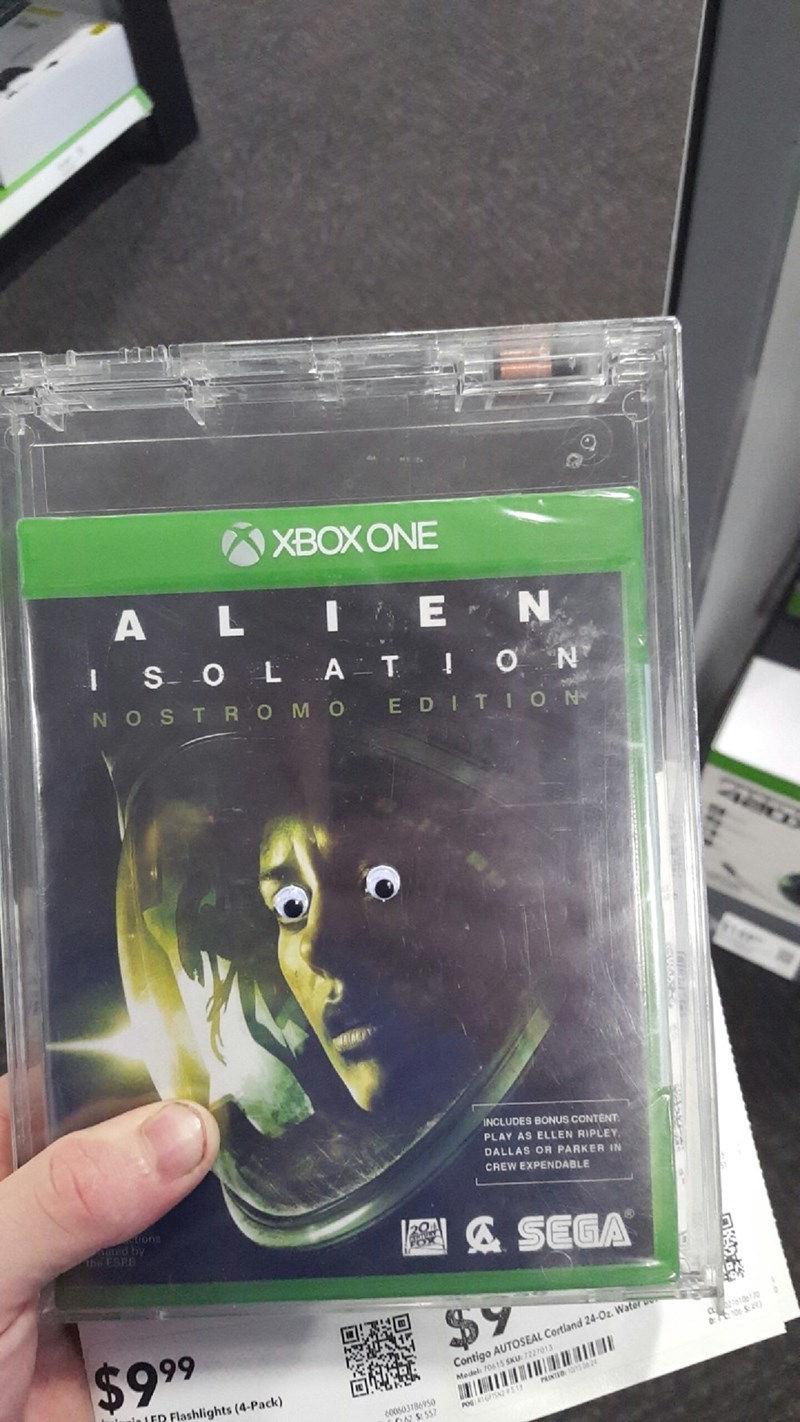 video game memes googly eye alien isolation