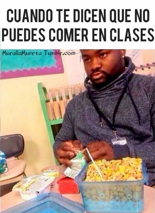 no puedes comer en clase