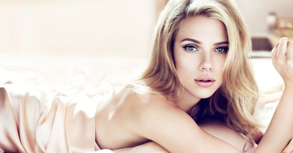 Hallelujah of The Day: Scarlett Johansson Gets Hot and Heavy Reading Bible Verses