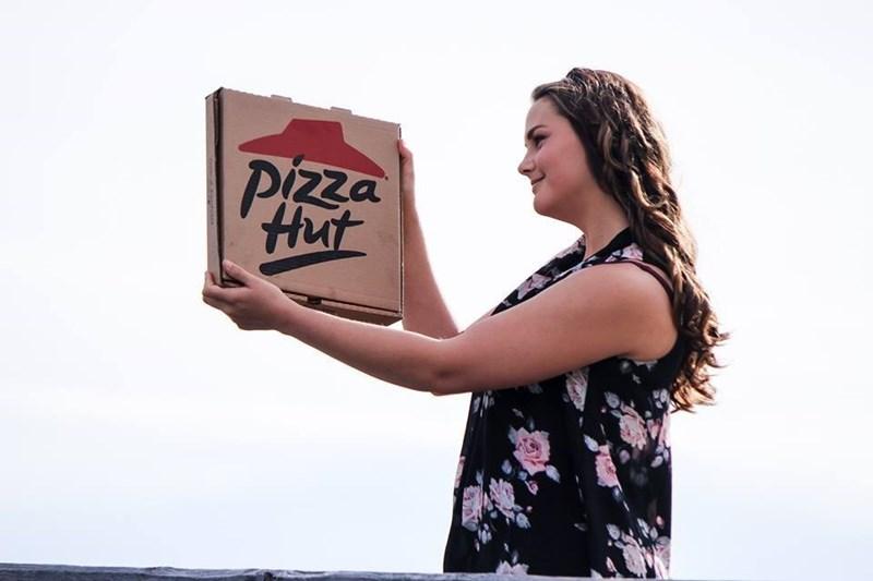 White - Pizza Hut satse