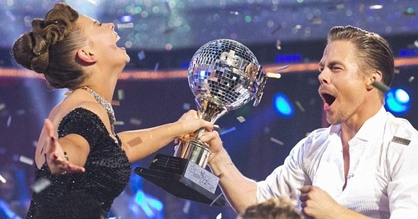 Victory of The Day: Bindi Irwin Wins Season 21 of 'Dancing With The Stars'