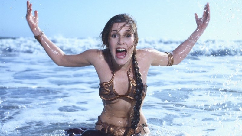 carrie fisher thinks slave leia toy controversy is stupid