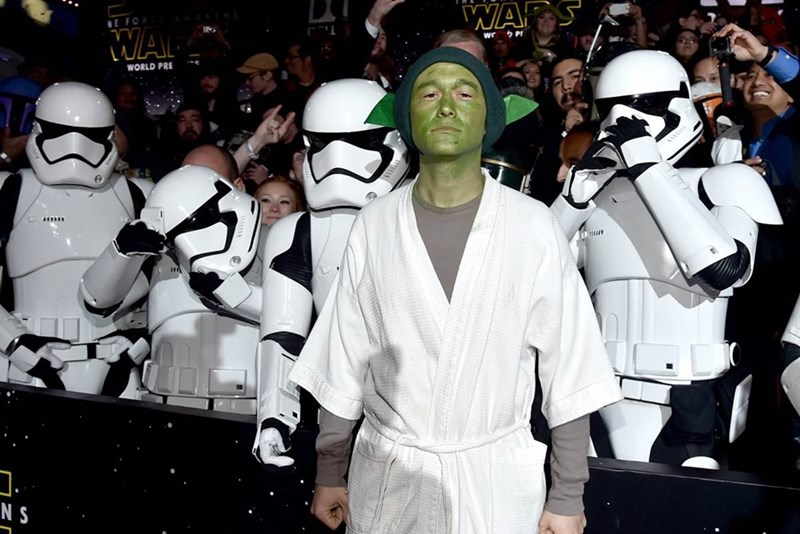 yoda star wars Joseph Gordon-Levitt Wore an Amazing Yoda Costume to the Star Wars Premiere