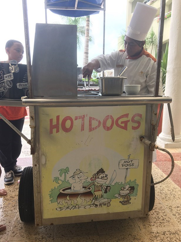 hot dog FAIL signs business names food