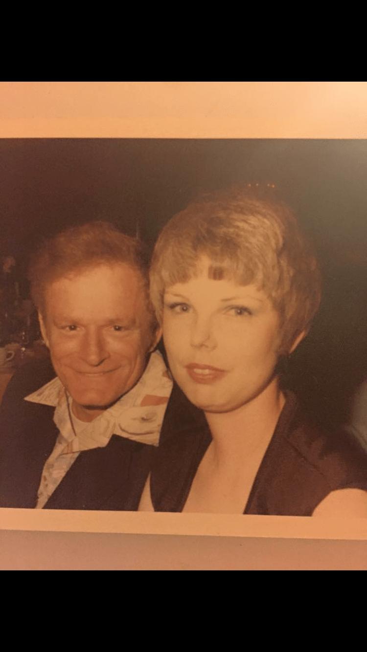 news-crazy-taylor-swift-old-grandma-twin