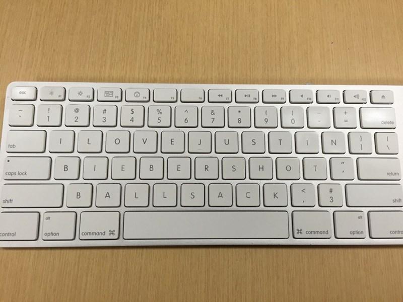 justin bieber ballsack keyboard