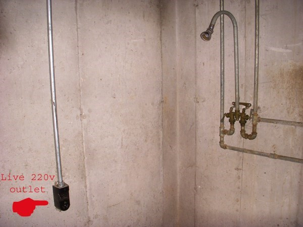 FAIL shower outlet building - 8605761280