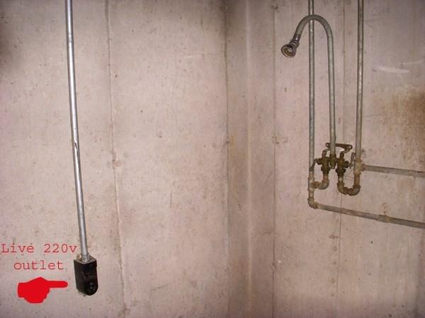 FAIL shower outlet building - 8605761280