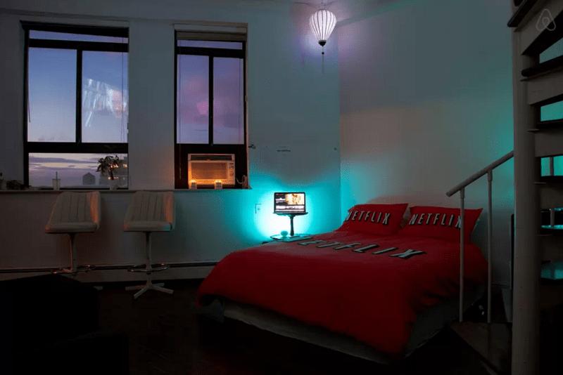 Bedroom - ETFLIX NETFLI