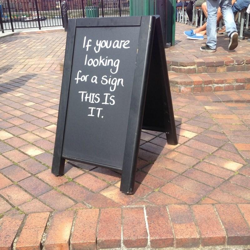 sign,IRL