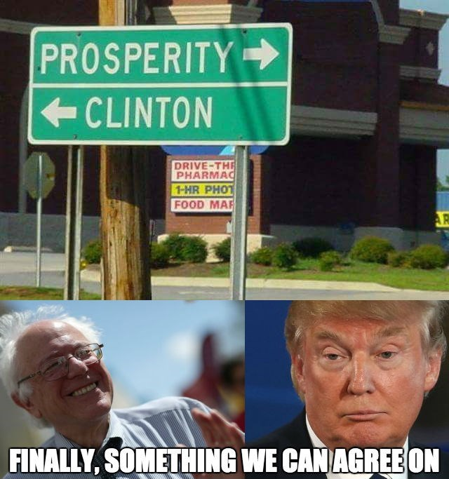 sign IRL Hillary Clinton politics - 8750005504