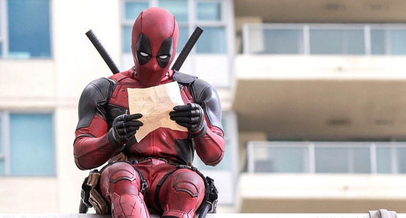 deadpool snl petition Deadpool Fans Are Petitioning to Have Ryan Reynolds Host SNL in Character as Deadpool