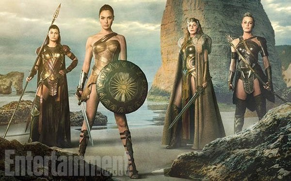 "wonder woman image The First Look of Wonder Woman's Heroes Is ""Total Wish Fulfillment"""