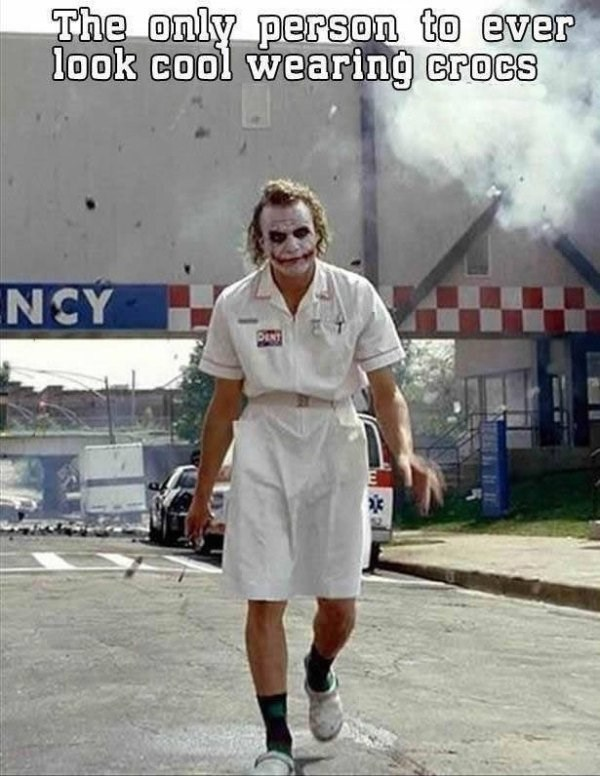 heath-ledger-superheroes-joker-outfit-hospital-crocs
