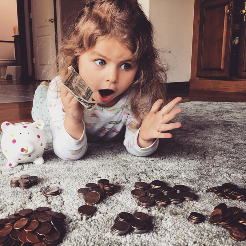 daughter realizes she has 23 dollars is in shock