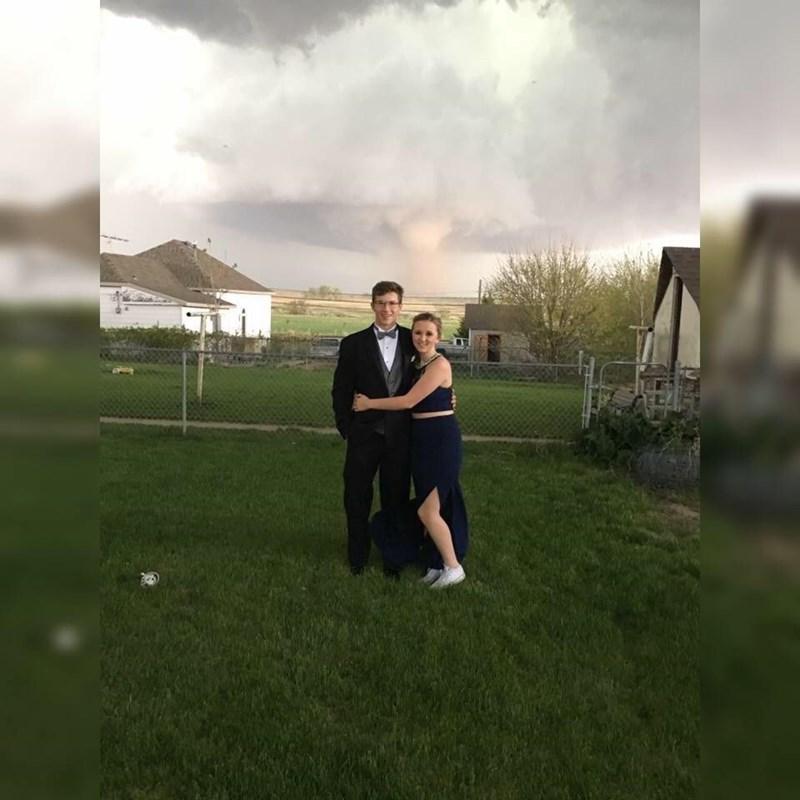 tornado prom dating - 8796129280