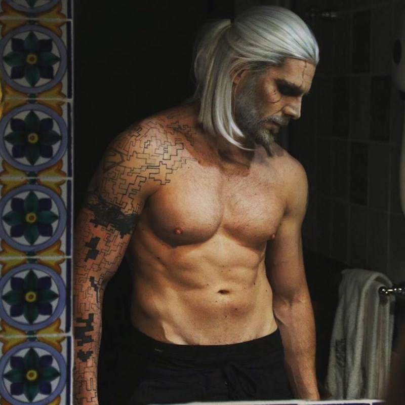 Masterful Cosplayer Becomes Living Breathing Real Life