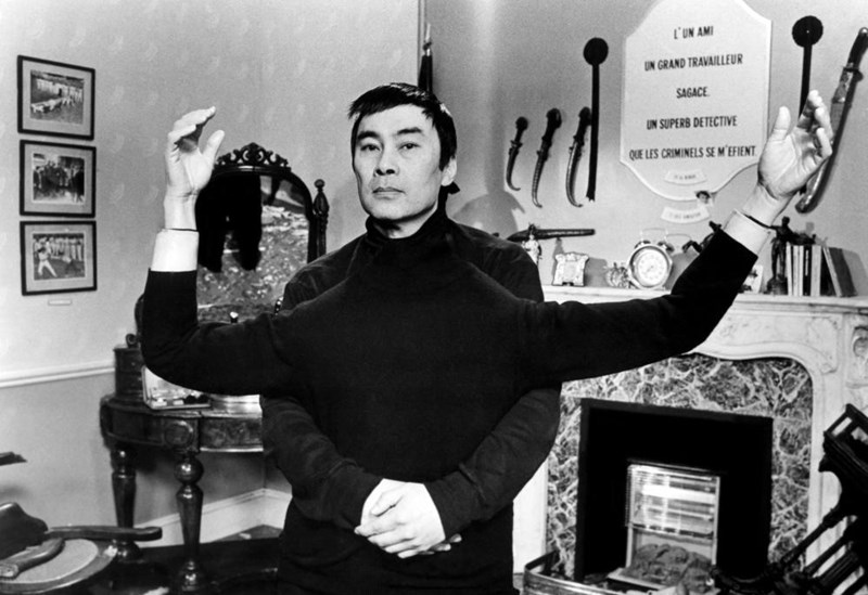 burt-kwouk-pink-panther-james-bond-star-passes-away