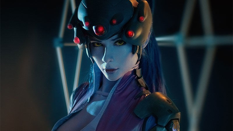cosplay-blizzard-entertainment-overwatch-widowmaker