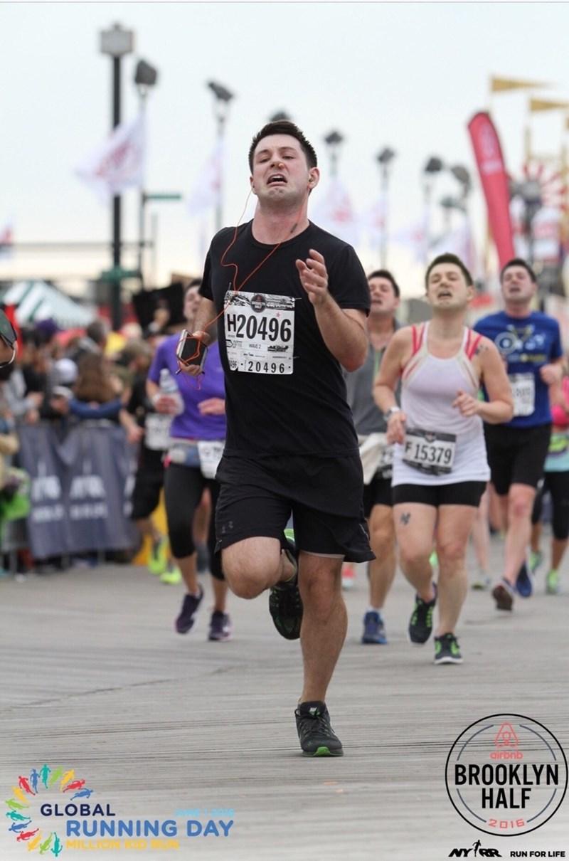 Marathon - H20496 AVE 2 20496 F 15379 airbnb BROOKLYN HALF 2016 GLOBAL RUNNING DAY NY(RR RUN FOR LIFE