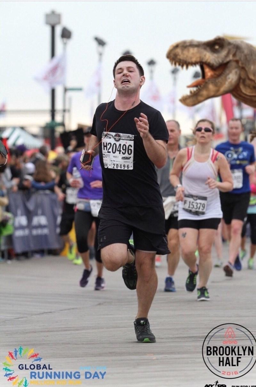 Running - H20496 20496 F 15379 Oirbnb BROOKLYN HALF GLOBAL RUNNING DAY 2015