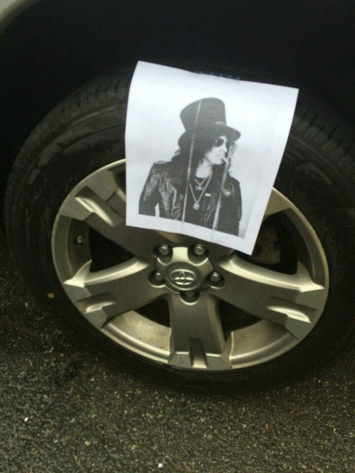 slash,puns,tire,prank