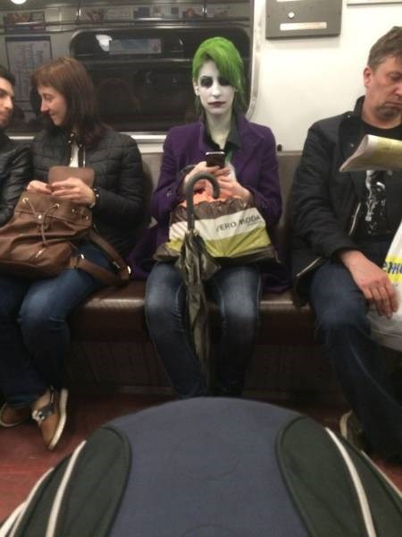 joker DC undertaker Subway funny villain - 8802744576