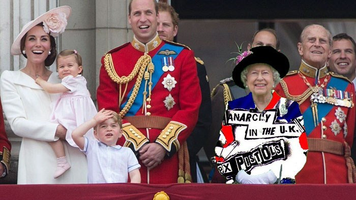 queen elizabeth photoshopped - Event - ANARCY IN THE U.K.