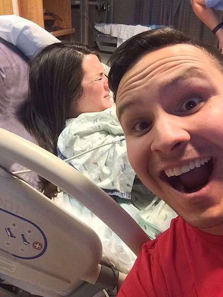 parenting birth selfie