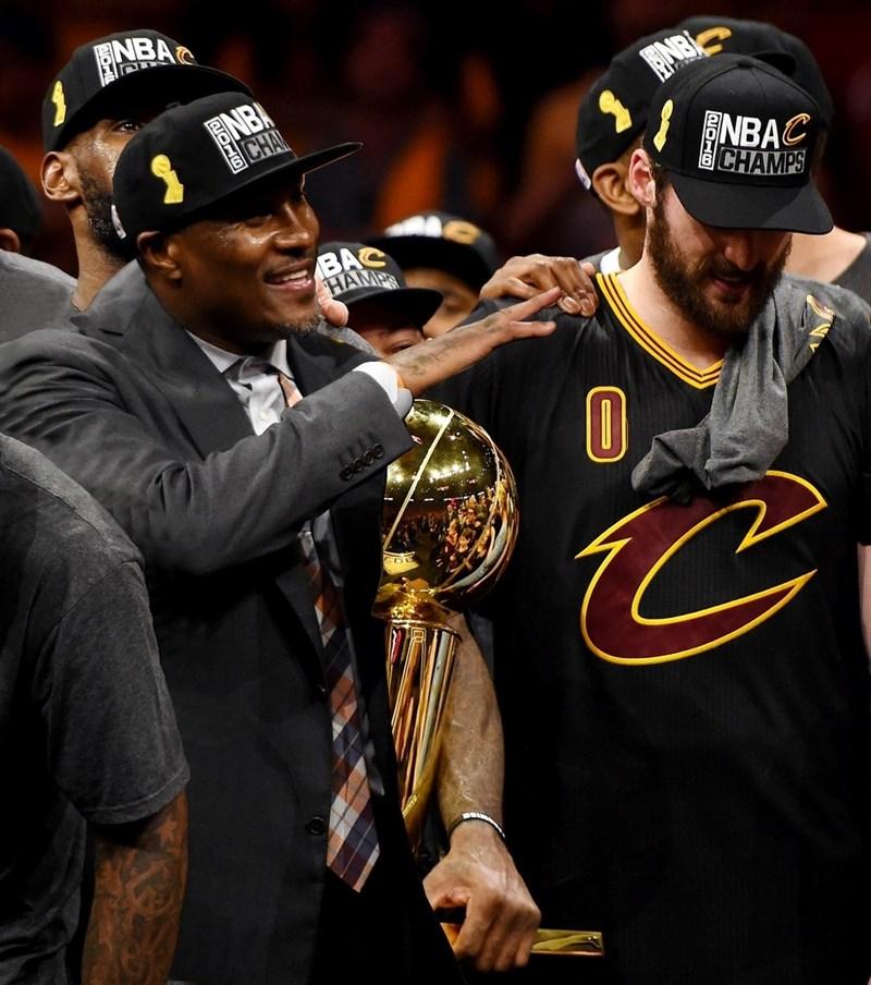 Championship - NBA NBA CHA FANBI NBAC ICHAMPS BAC HAMPS eece DE